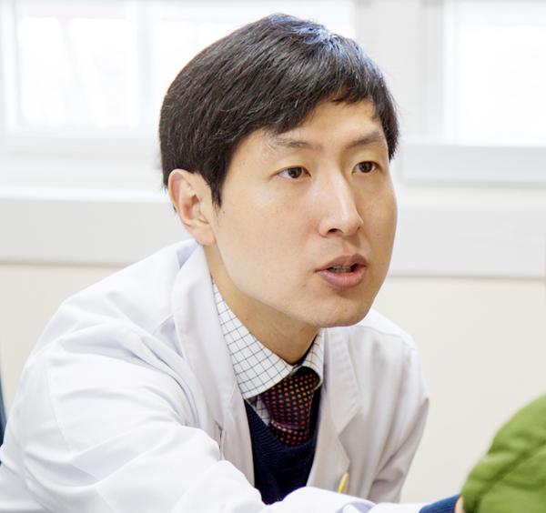 제3신경내과 김창형 진료부장/전문의