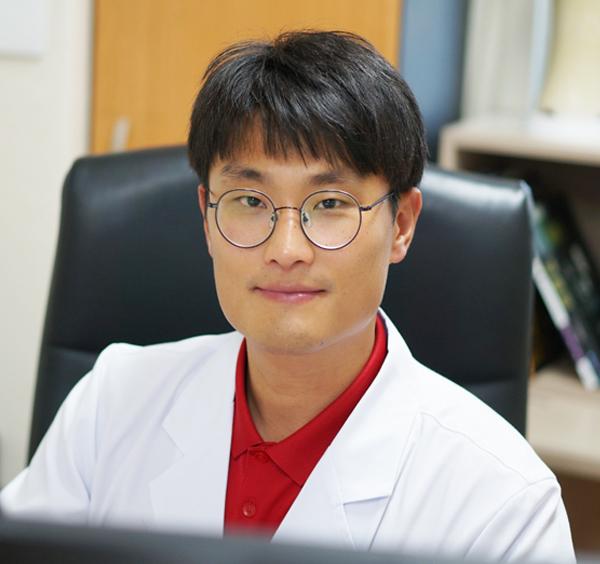 제6신경내과 우성민 과장/전문의